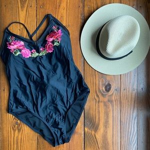 🌺🌸One Piece Swimsuit Mesh Floral Embroidery